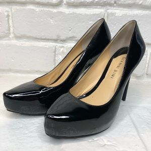Gianni Bini Black Patent leather pumps size 6M